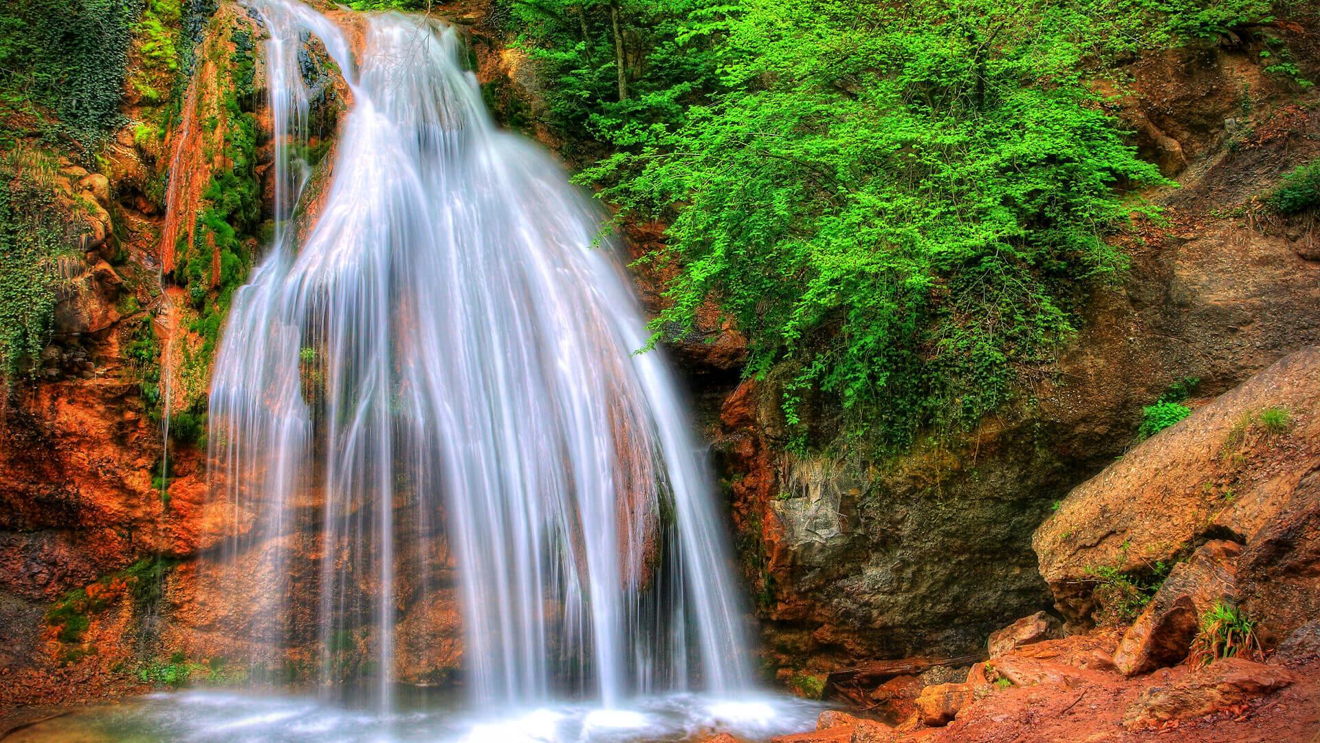 Водопад Джур-Джур (2 фото)