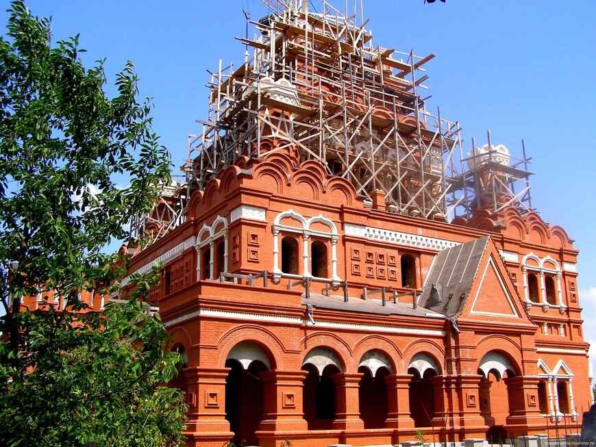 Топловский Свято-Троице Параскевиевский монастырь (3 фото)