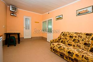 1-й комплекс на 4х человек (комната-кухня) в Гостевом доме Крымский кораблик.