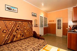 1-й комплекс на 4х человек (комната) в Гостевом доме Крымский кораблик.