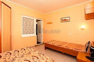 2-й комплекс на 4х человек (комната) в Гостевом доме Крымский кораблик.