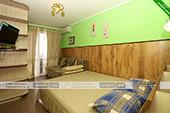 Двухместный номер (деревянный корпус) - мини-отель Магнолия в Орджоникидзе