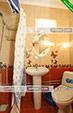 Санузел в номере - Коттедж Ромашка в Орджоникидзе, Феодосия