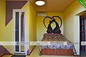 Трехместный номер - Гостевой дом Прана в центре Орджоникидзе