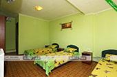 Трехместный номер - гостевой дом Зодиак в Орджоникидзе, Феодосия