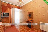 Номер (2-й этаж) - Эллинг 18 в Орджоникидзе (Катран)