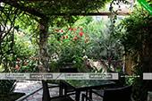 Мангал со столиками гостевого дома Светлана