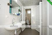Общий санузел в гостевом доме У моря в Орджоникидзе