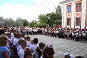 линейка 1-го сентября в школе №6 17