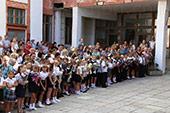 линейка 1-го сентября в школе №6 19