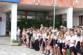 линейка 1-го сентября в школе №6 20