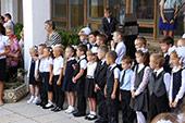 линейка 1-го сентября в школе №6 25