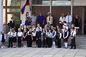 линейка 1-го сентября в школе №6 30