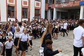 линейка 1-го сентября в школе №6 37