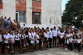 линейка 1-го сентября в школе №6 7